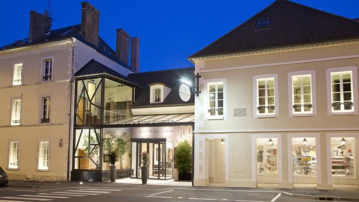 Hotel La Cote Saint Jacques Et Spa